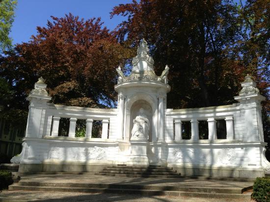 Empress Augusta Monument