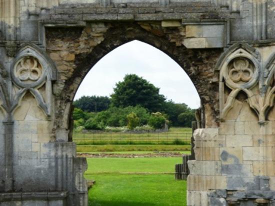 Ulceby United Kingdom  city photos : ... Abbey. Picture of Thornton Abbey and Gatehouse, Ulceby TripAdvisor