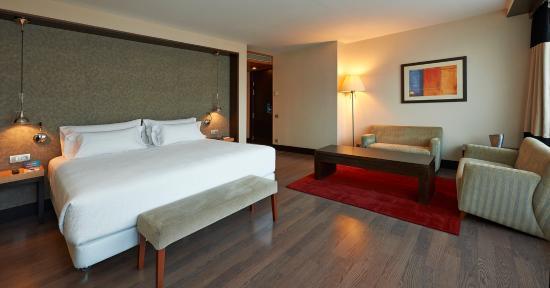 NH Sants Barcelona: Guest Room