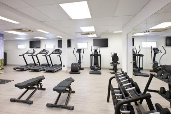 NH Pamplona Iruña Park: Gym