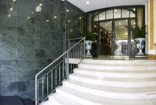 Hotel HCC Regente: Hotel Exterior