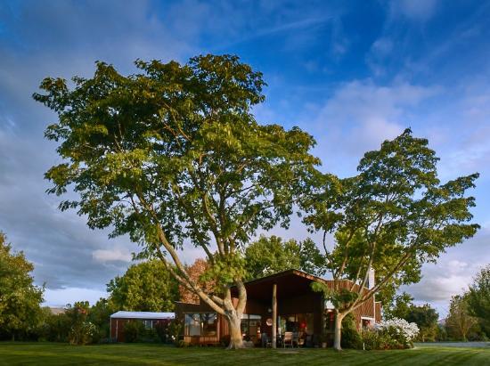 John's House & The Pavilion : John's House, Havelock North, Hawkes Bay