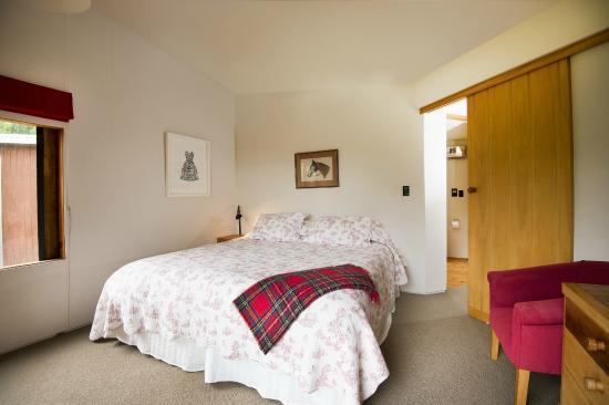 John's House & The Pavilion : Bedroom