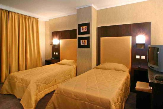 Alassia Hotel: Guest room