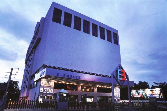 The E-SQUARE Hotel