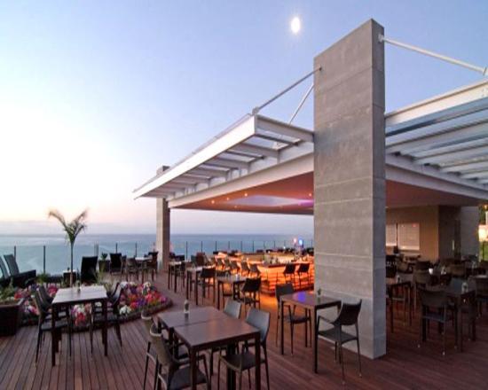 Pestana Carlton Madeira: Carlton Bar