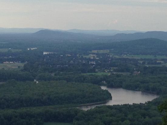 Skinner State Park