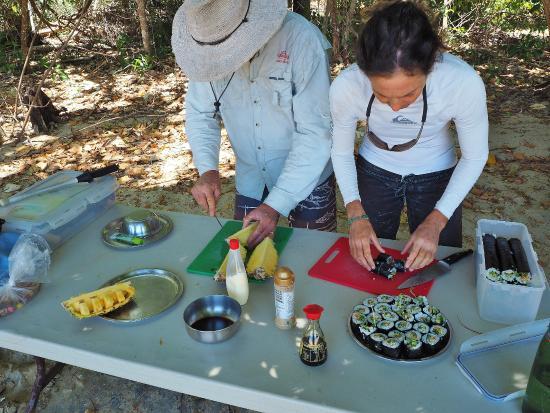 Coral Sea Kayaking: Wonderful food prepared by the guides