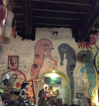 Cafe Trece Lunas: Ambiente