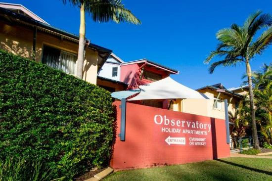 The Observatory Holiday Apartments : Main entrance from Camperdown Street