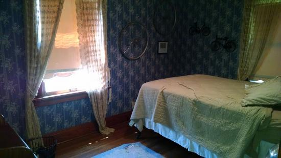 The Hammond House Bed and Breakfast