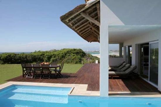 Cape St Francis Resort: Pool