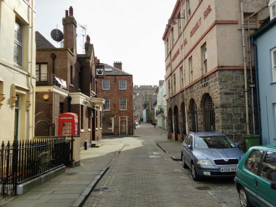 murallas - Picture of Caernarfon Town Walls, Caernarfon - TripAdvisor