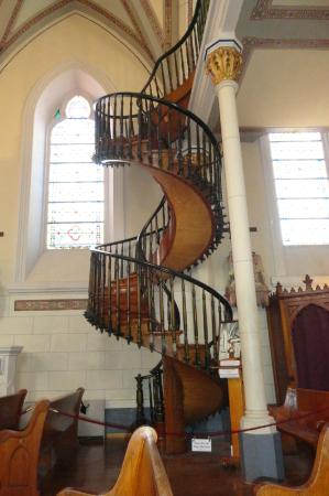 Beau The Amazing Two Story Spiral Staircase With No Support Picture Of
