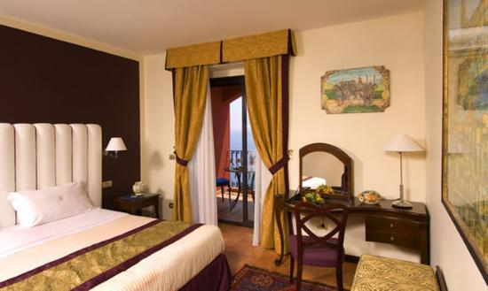 Baia Taormina: Deluxe Guest Room