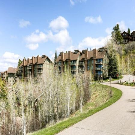 Yampa View Condominiums: Exterior