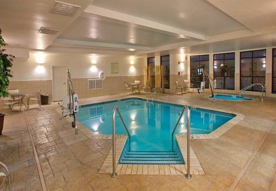 Village, Oklahoma: Indoor Pool & Spa