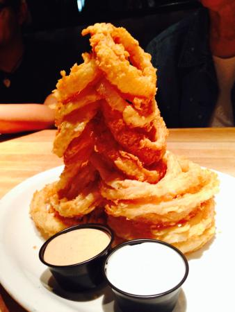 Cheddar's: onion rings