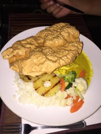 Melini's: Curry chicken. 60 EC. Good.