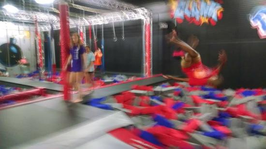 Huntsville, AL: Flipping into the Cylinders