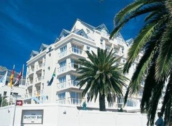 Bantry Bay Suite Hotel: Exterior