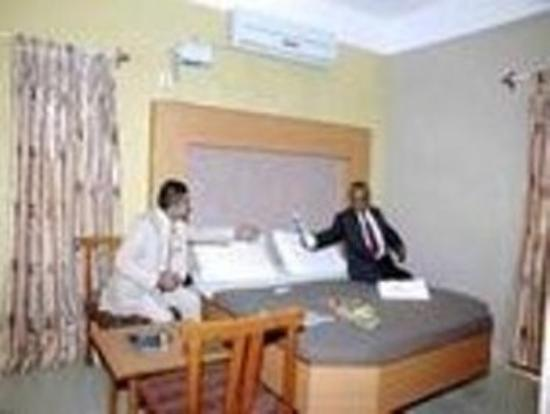 Hotel Parvathi International: Interior