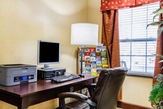 Comfort Inn & Suites: MECOMP