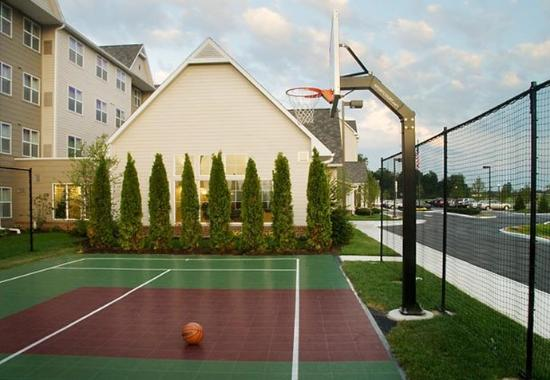Residence Inn by Marriott Toledo Maumee: Sport Court