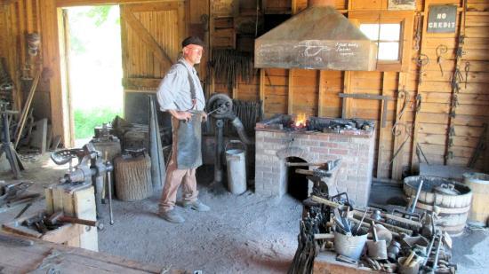 Rock Ledge Ranch Historic Site: Blacksmith demonstration