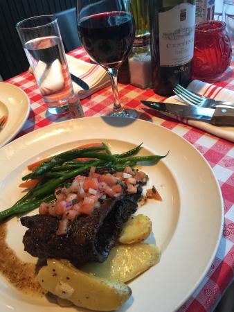 Masina Trattoria Italiana: Grilled skirt steak was perfect!!