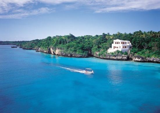 Vatulele Island, Fiji: The Point H