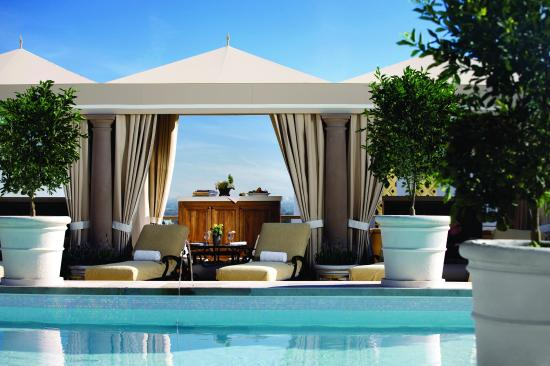 Montage Beverly Hills: Rooftop Pool Cabana
