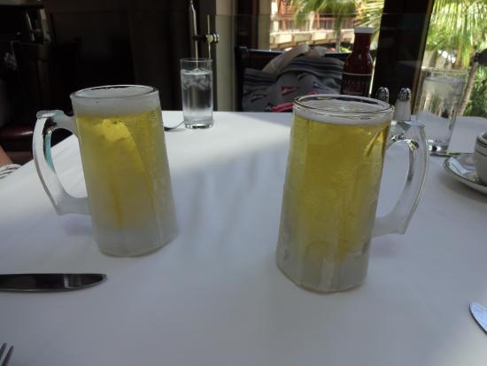 Wolfgang's Steakhouse: グラスまでキンキンに凍って出てくる、ビールもおすすめです