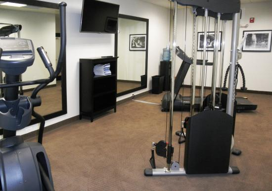 Sleep Inn & Suites Pooler: Fitness Room