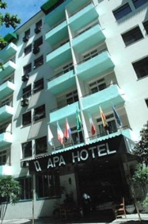 Apa Hotel: EXterior