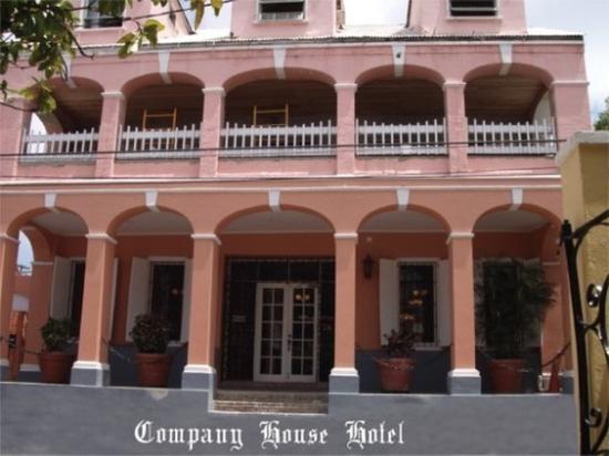 Company House Hotel: Entrance