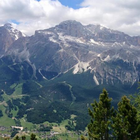 Ambasciatori Palace : Dolomite mountains