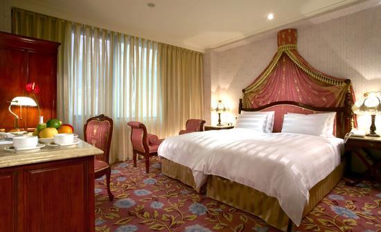 Royal Seasons Hotel Taipei Nanjing West