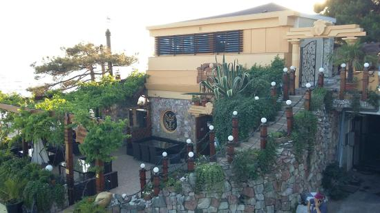 Dionis Tavern
