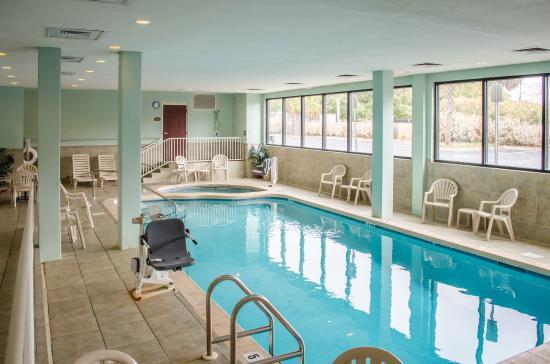 Comfort Inn and Suites : FLPool