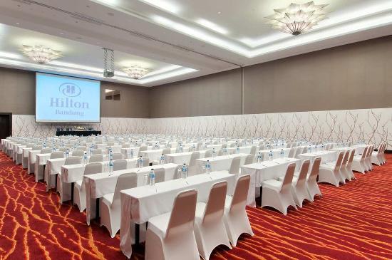 Hilton Bandung: Ballroom
