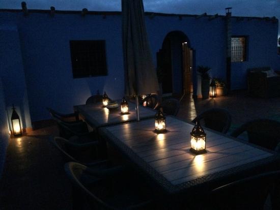 Maroc-Oasis: Dining Area Candle Lit