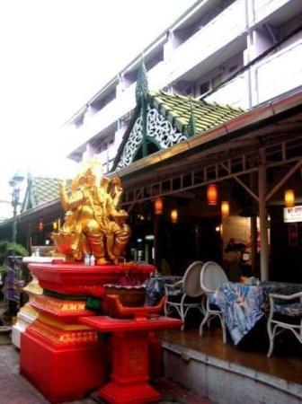 Photo of Sawasdee Smile Inn Bangkok
