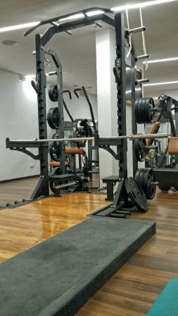 Hotel Phoenix: Rack for heavy weights