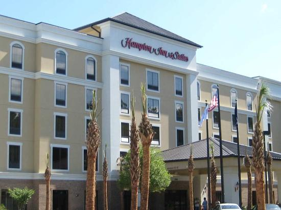 Hampton Inn & Suites North Charleston-University Blvd