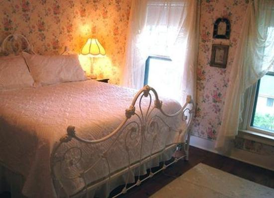 The Bridge Street Inn: Bridal Suite