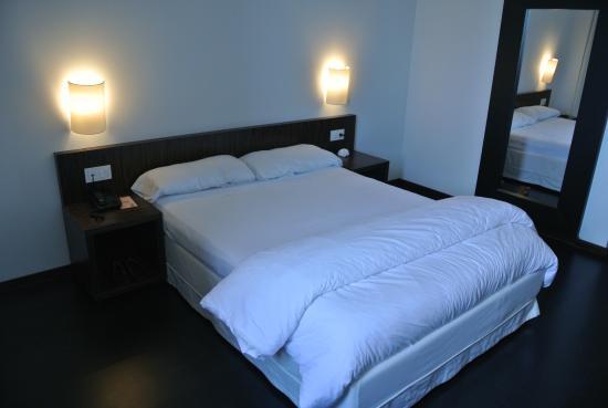 Hotel ETH Rioja: Dormitorio