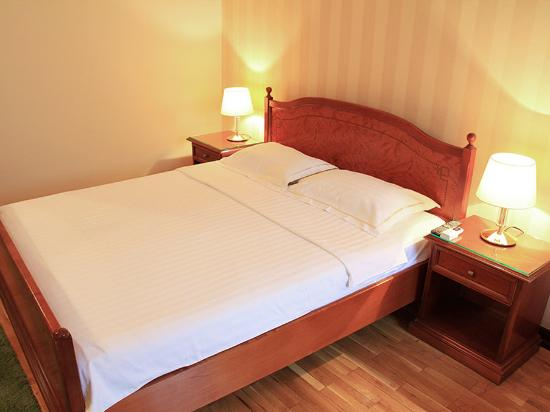 Skala Hotel: Double Bedroom