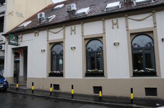 Skala Hotel: Exterior