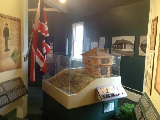 Gananoque, Canadá: Arthur Child Heritage Museum - more models